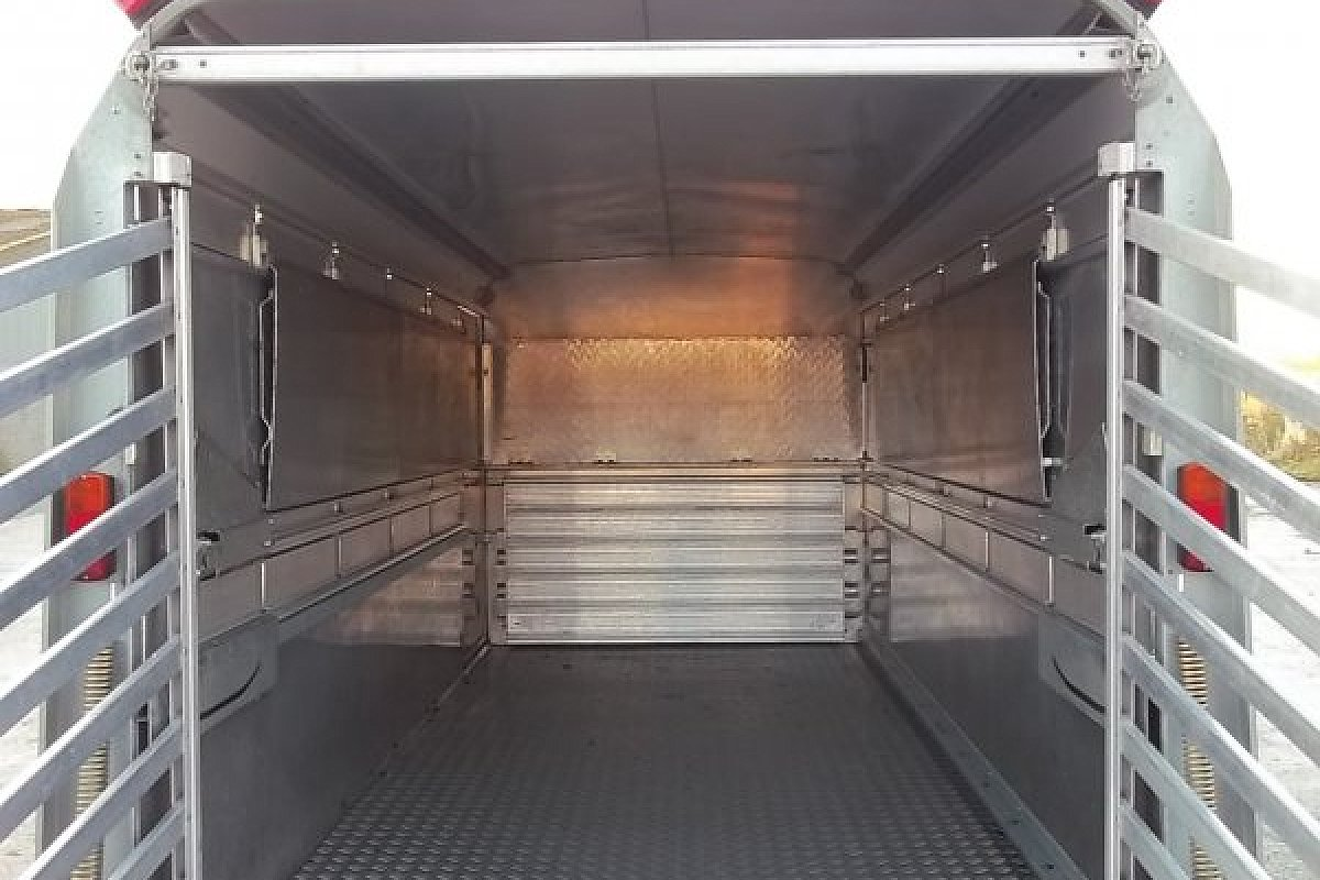 SOLD  IFOR WILLIAMS STOCK TRAILER WITH SHEEP DECKS